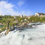 ekskursiya-na-rejnskij-vodopad